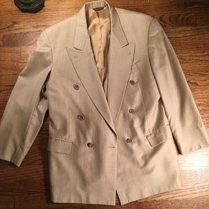 Hugo Boss High end Suit jacket- 44r- retail 685
